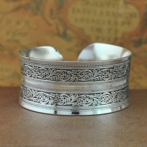Silver antique look wide boho bangle bracelet new